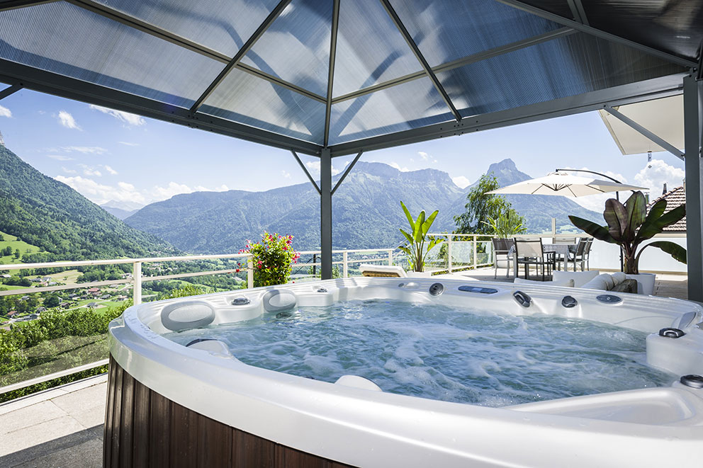 spa-exterieur-montagne