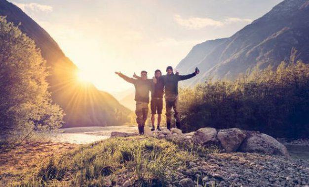 Vélo, trek, randonnée : comment faire du sport en voyageant ?